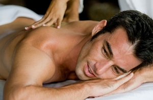 Masaje descontracturante, deportivo o relajante por 14€
