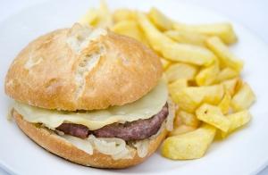 Menú de hamburguesa Low Cost ¡Para local o para llevar!