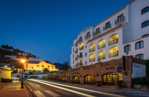 Málaga, 2 noches +cena +Cuevas de Nerja